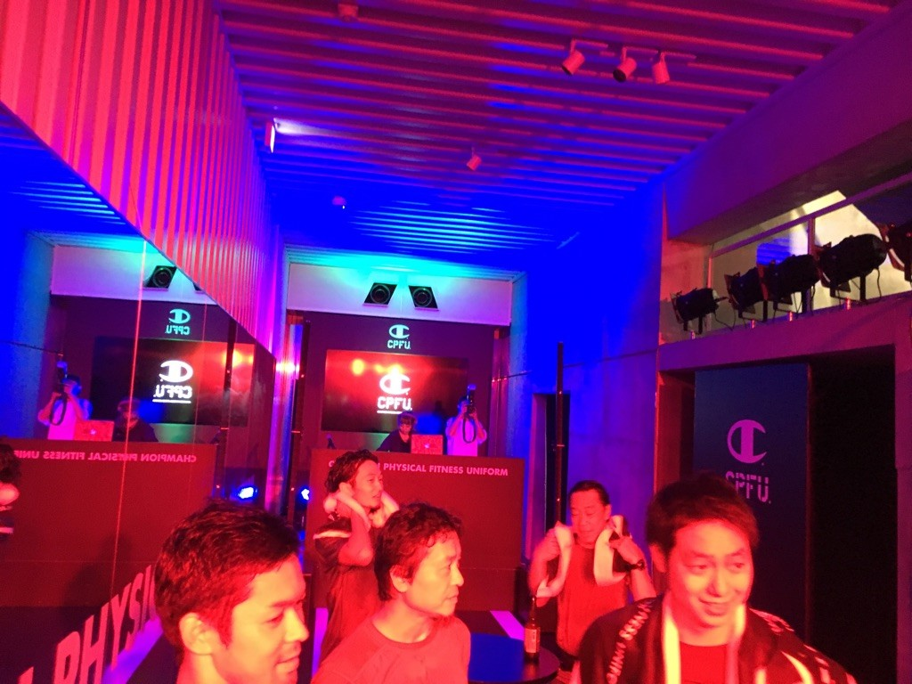 「夜の原宿でシティナイトラン! 「CPFU®」が提供するナイトラン×お酒×音楽の楽しいイベント」の画像