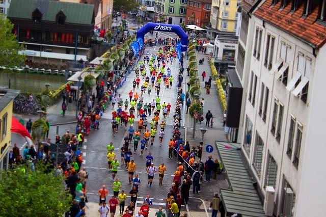 「「できた!」の達成感をたくさん集めよう!! 初心者ランナーがフルマラソンを完走するコツ」の画像