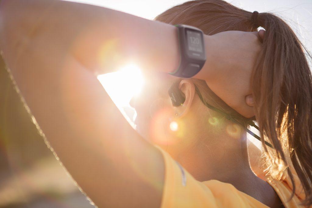 「ボストン在住ランニングヨギーニが選ぶマルチスポーツウォッチ「TomTom Watch」」の画像