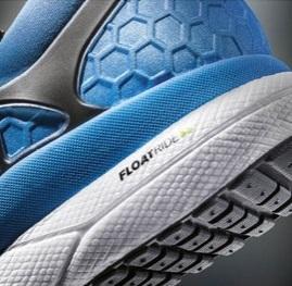 「リーボックの独自開発技術を搭載した本格ランニングシューズ「Floatride」が4月1日より販売開始へ」の画像