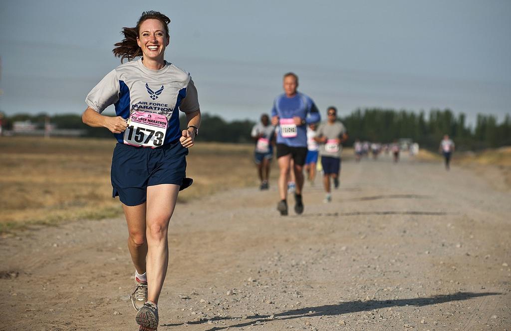 「あなたはハーフマラソン派? それともフルマラソン派? それぞれの魅力に迫る」の画像
