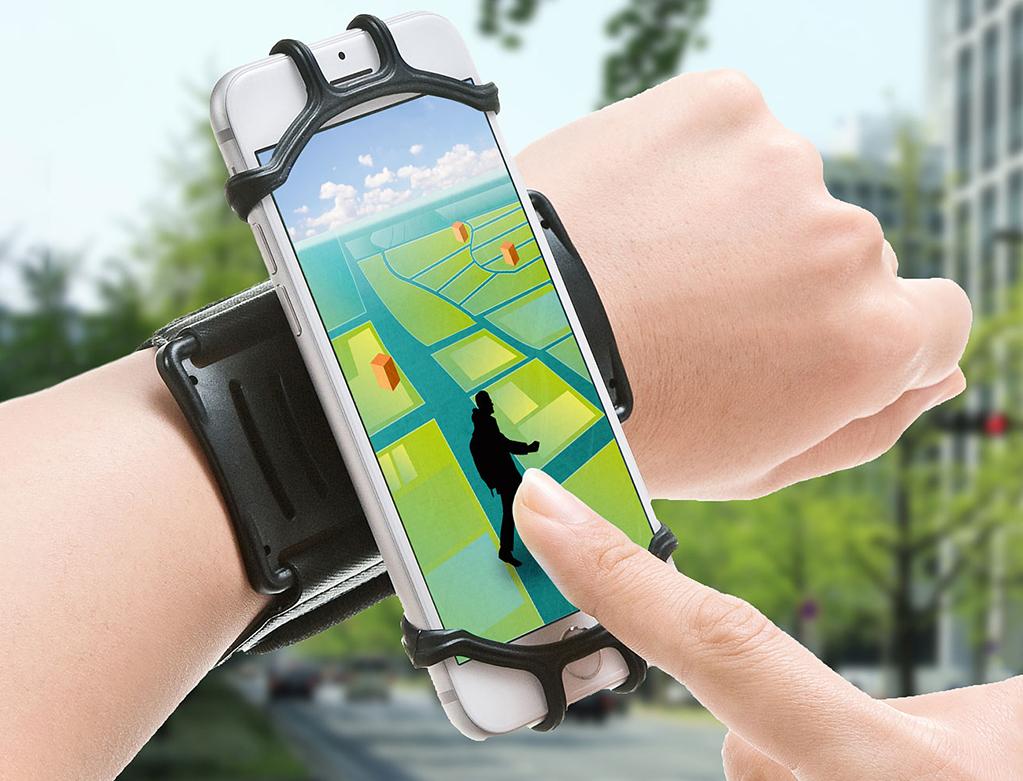 「スマートフォンを手首に付けられる!スマートフォンリストバンド「PDA-ARM6BK」が登場」の画像