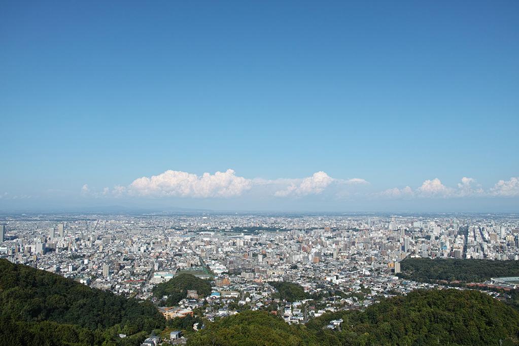 「どこまでも続く大自然の中、整備された街の中……「北海道」での素敵ラン」の画像