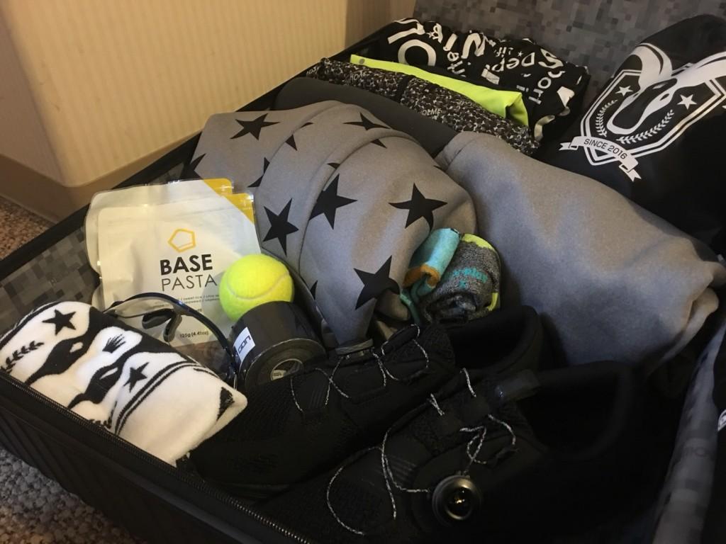 「前泊や旅行を伴うレース前に荷物チェック!! つい忘れがちなアイテムとは」の画像